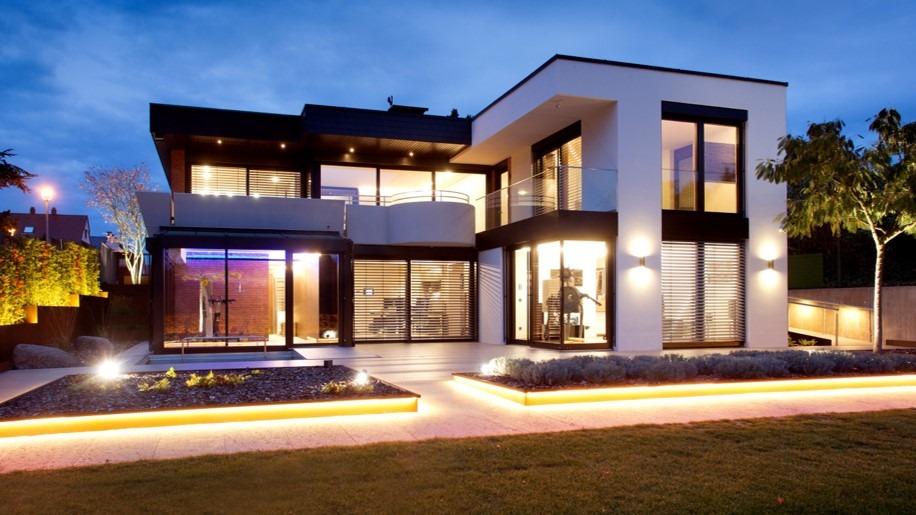 Projekt wurde in Mannheim, Deutschland, ein aus den 1970ern stammendes Haus komplett für einen an Parkinson erkrankten Patienten umgebaut.